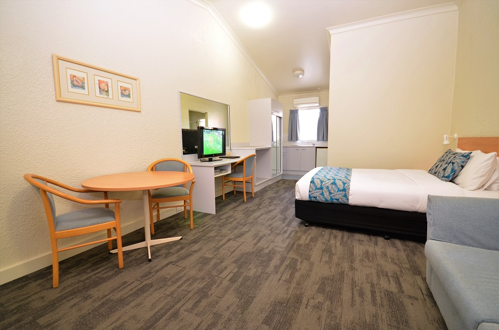 Whatever your reason for coming to Wagga, this four star motel accommodates everyone - Accommodation Wagga Wagga