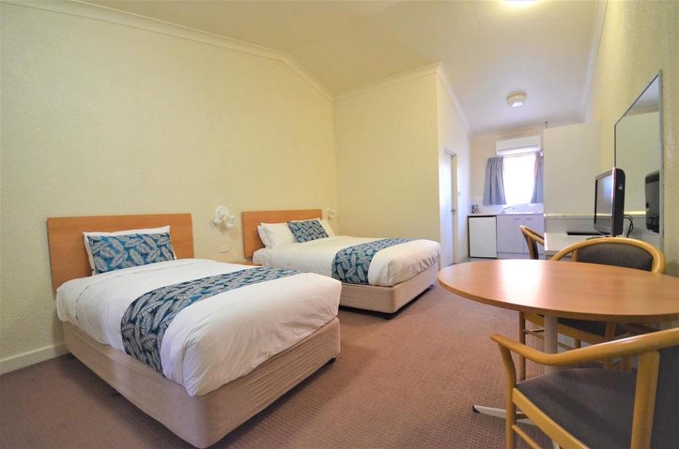 Boulevarde Motor Inn is ideal for short or longer stays with comfortable and well–presented Wagga accommodation